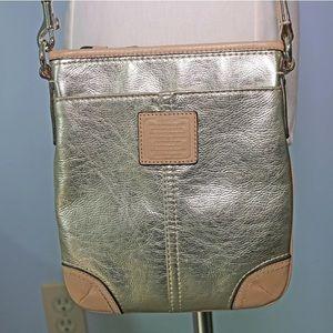 COACH Gold Metallic Crossbody Swingpack Purse